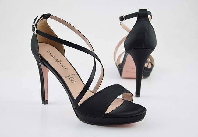 Zapato fiesta tacón alto Daniela Vega 1387 negro